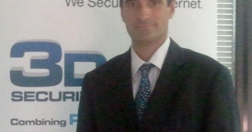 Mario Garcia_check point