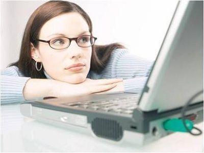 Las mujeres continúan liderando las compras online