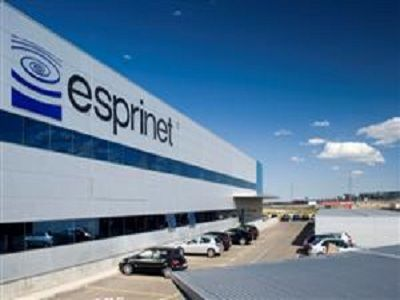 NewStar firma por Esprinet
