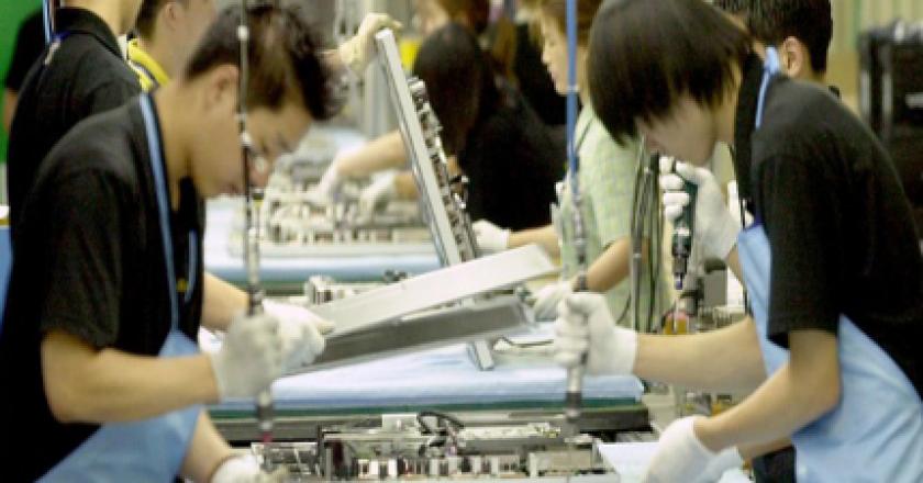 Samsung afirma que sus proveedores no usan mano de obra infantil