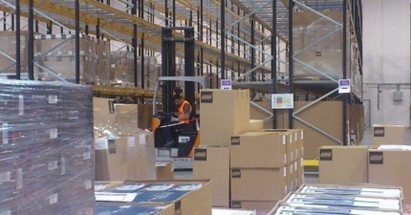 Amazon enseña su centro de retail en España