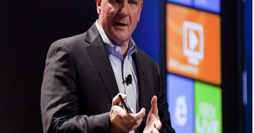 Steve Ballmer asegura que crearán más hardware