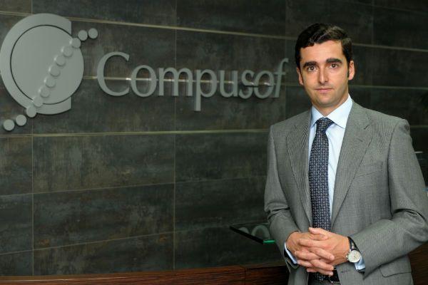 compusof_moisés_camarero