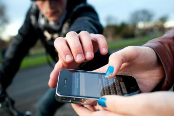 robo_smartphones