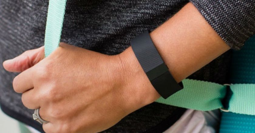 fitbit_wearable_pulseras_deportivas