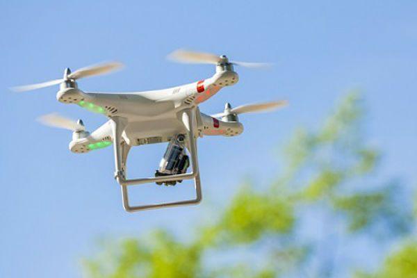 drones_amazon_google