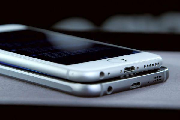 smartphones_samsung_iphone