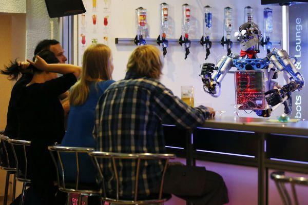 robot_social_shot