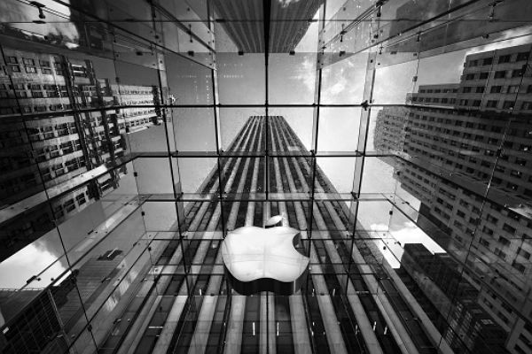 Apple cae en ventas