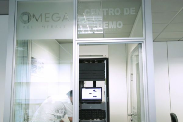 Omega Peripherals_DemoCenter
