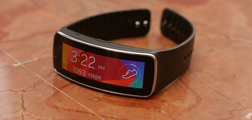 samsung_gear_fit_wearables