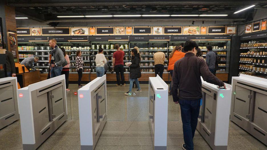 Abre Amazon Go, la tienda sin cajeros 31