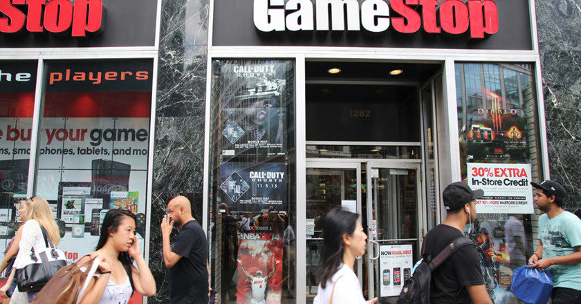 GameStop supera expectativas
