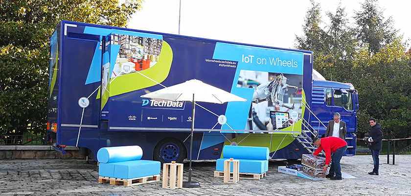 tech_data_iot_on_wheels