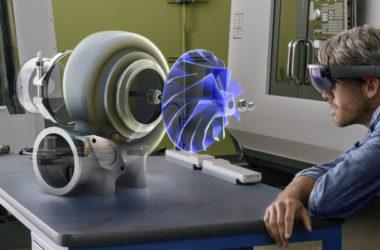 Microsoft HoloLens Dynamics 365