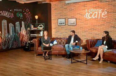 Symposium_Ponencia_Carolina-Moreno-y-presentadores