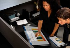 microsoft_partners_surface