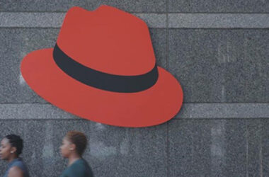 red_hat_entrance